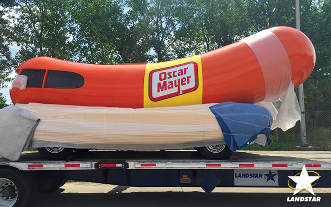 Oscar Mayer weinermoble